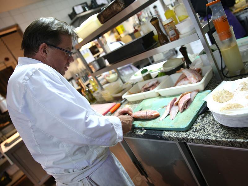 Restaurant Daniel Desavie gastronomique et bistrot à Valbonne Sophia Antipolis. Maître restaurateur produits frais de saison et locaux . Service traiteur, vente à emporter, events